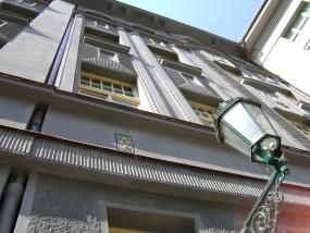 Oprava fasády - ulice U Staré Školy, Praha 1