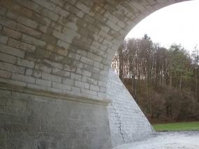 Oprava železničních mostků - Kuks