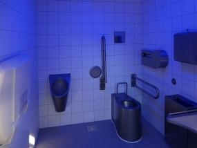 Výstavba veřejného WC - Centrální park Praha 4