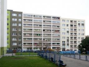 Rekonstrukce panelových domů Jeseniova, Praha 3
